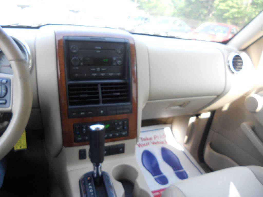 6 CD Changer, Auto Climate Control
